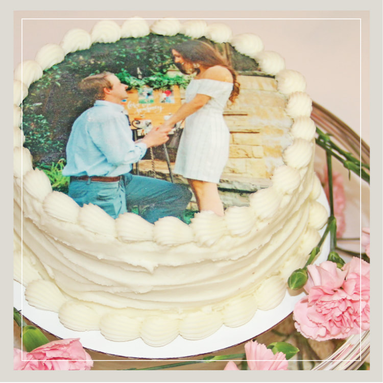 SWEET IMAGE! :: Choose your photo or any image to have it placed on your wedding cake or groom's cake!